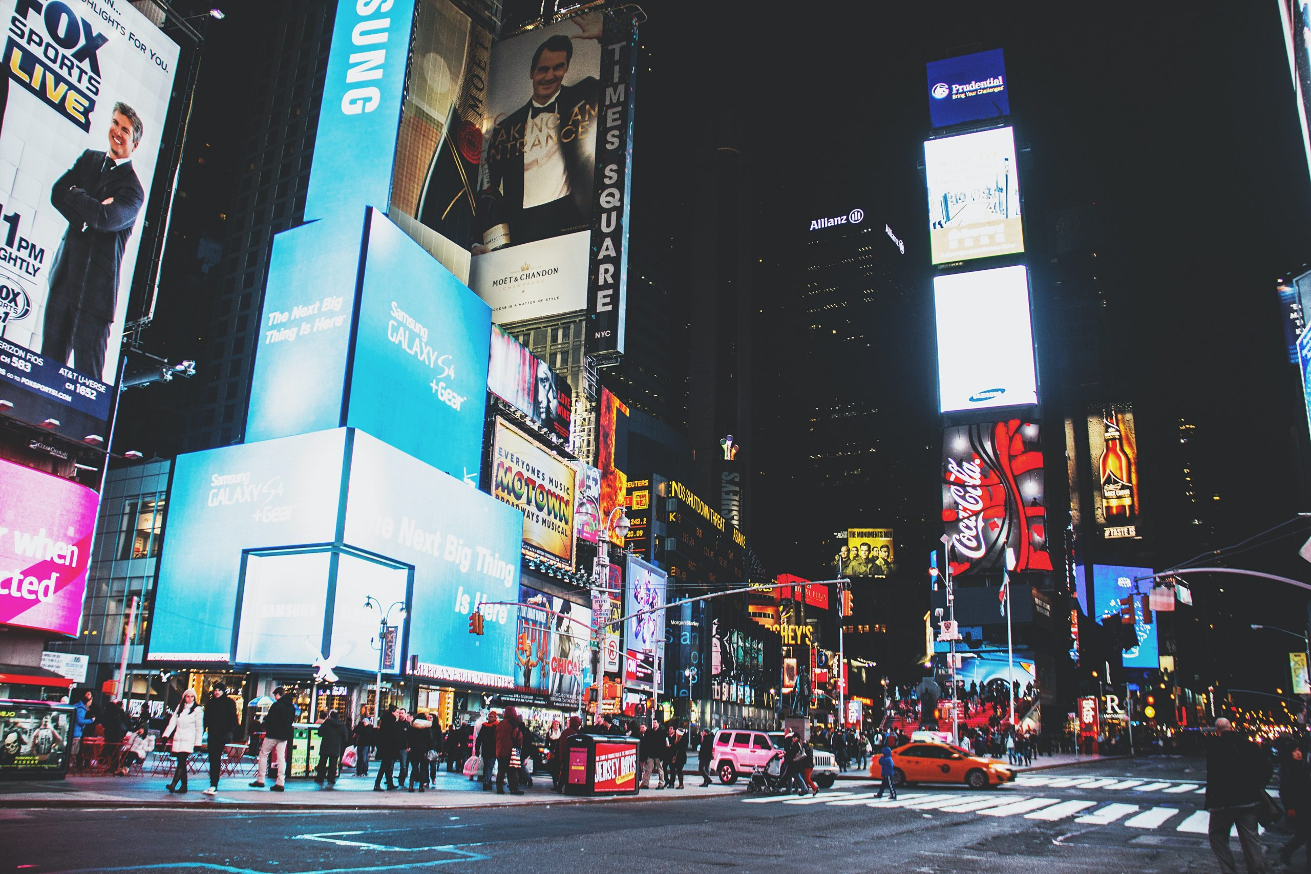 Outdoor Advertising Encourage Shoppers to Search for Brands